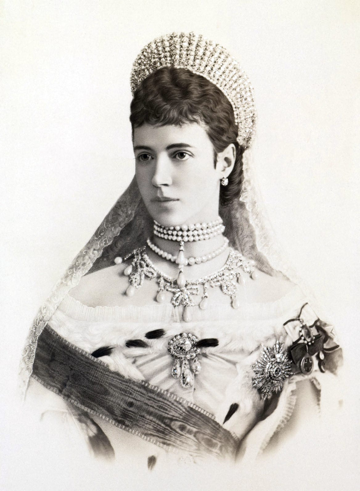 Portrait of Maria Feodorovna, The penultimate Romanov Empress